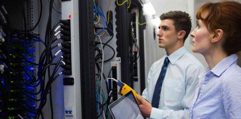 Обслуживание, настройка и оборудование серверов